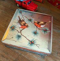 Vintage Christmas Tin - Robins