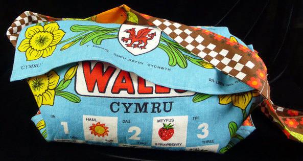 vintage-wales-bag1