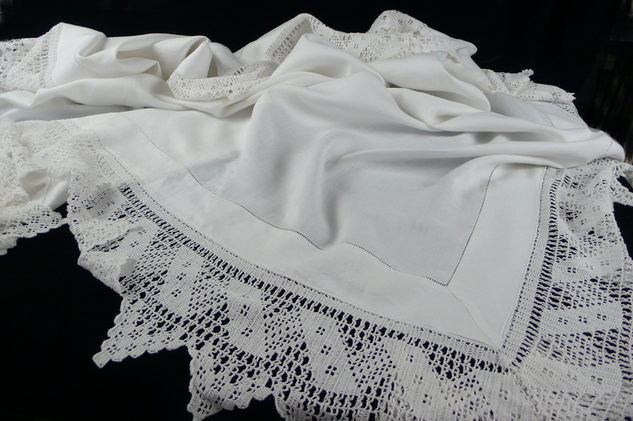 white-cotton-deep-frill1