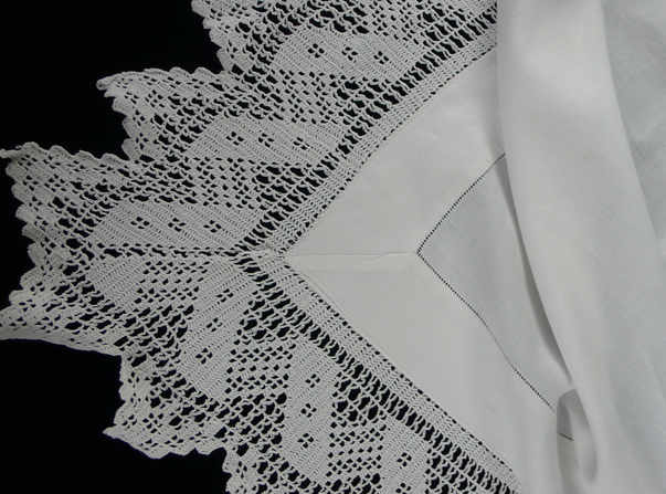 white-cotton-deep-frill2