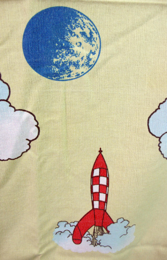 tintin-moon-fabric-sheet2