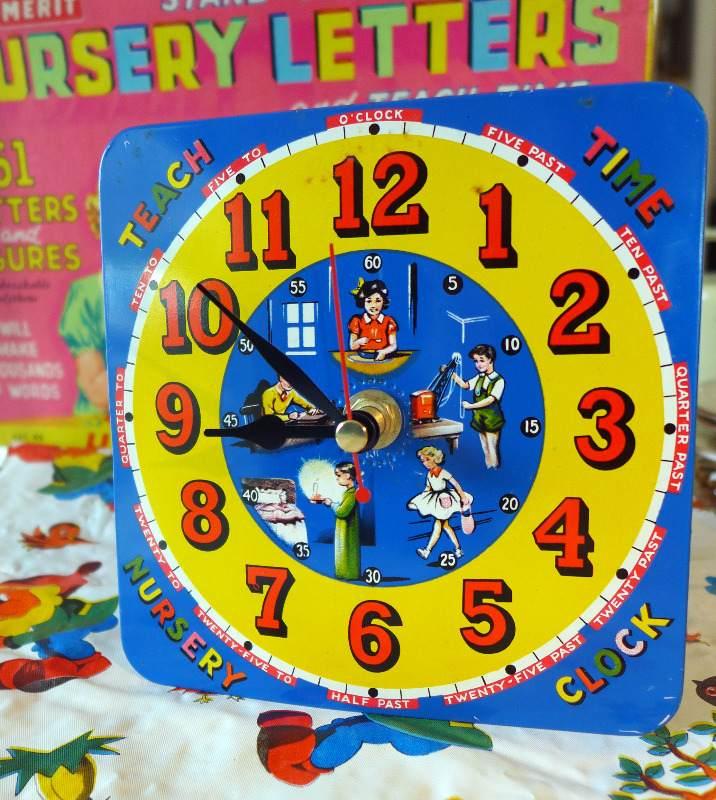 vintage-tin-clock-1