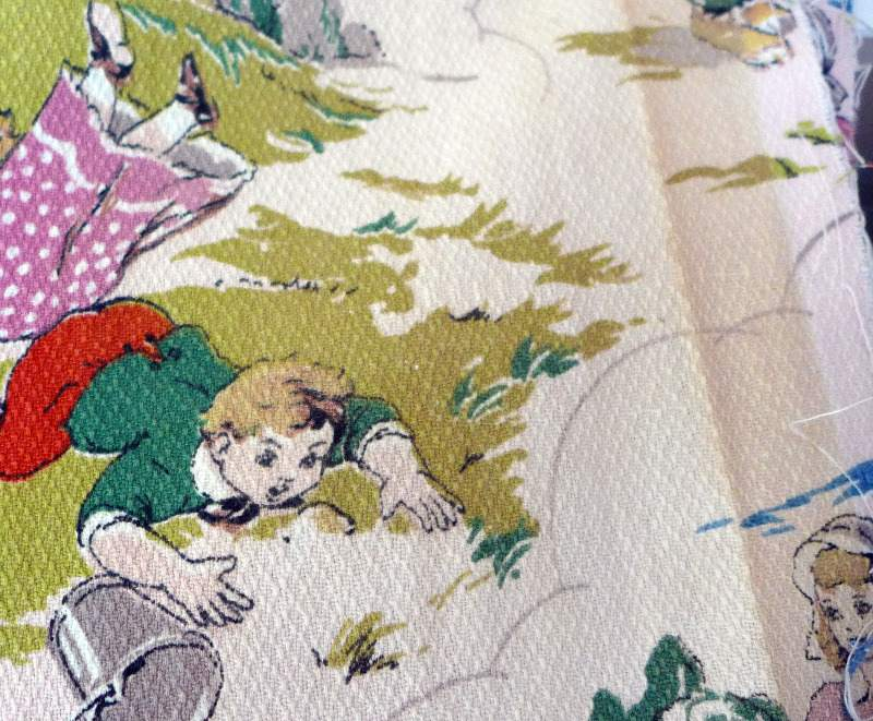 vintage-childrens-barkcloth-fabric-4