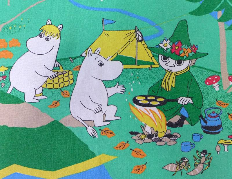 green-moomin-fabric-2