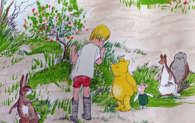 vintage-linen-winnie-the-pooh-2