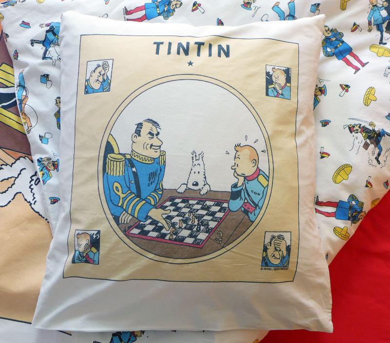 tintin-double-duvet---broken-ear-4