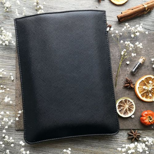 mock leather book sleeve black (4)