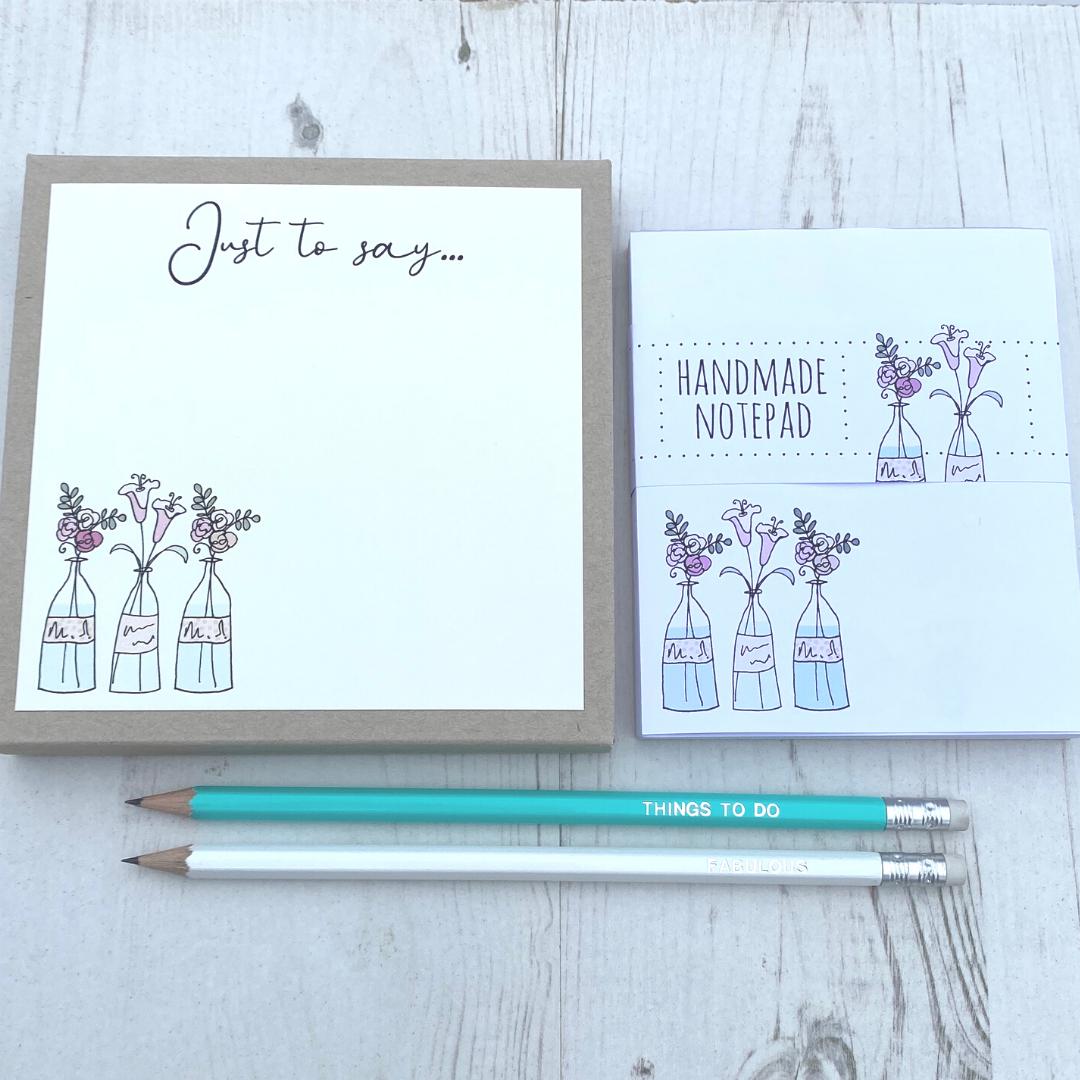 <!-- 004 -->Flower Vases Stationery Gift Box