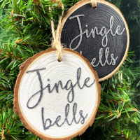 <!-- 002 -->Jingle Bells Hanging Christmas  Log Slice