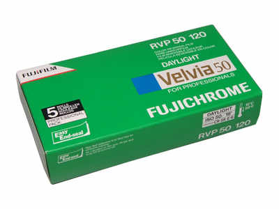 FUJICHROME VELVIA 50 ISO 120 ROLL 5 PACK