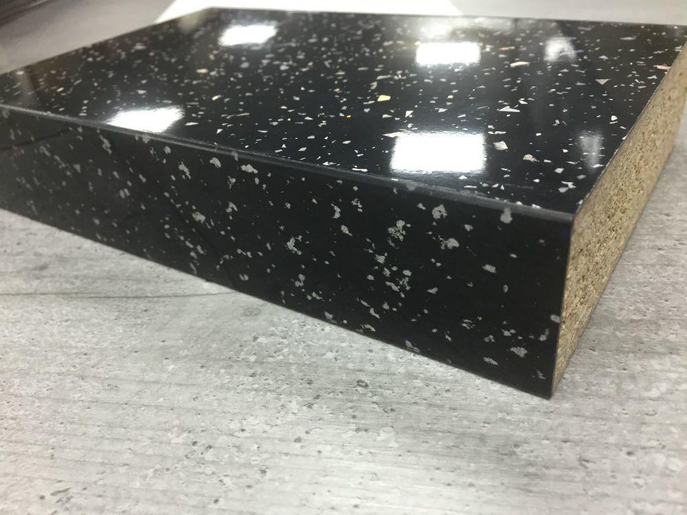 Bushboard Omega S033 Strass Noir 4 1mtr X 38mm Square