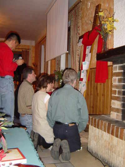 Worship Kneeling at the cross