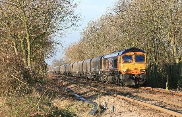 66705 Tyne Dock at Cottam West brecks crossing 15- Dec-11