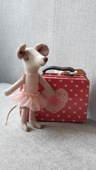 * Best Seller * Ballerina Mouse in Spotty Tin Suitcase