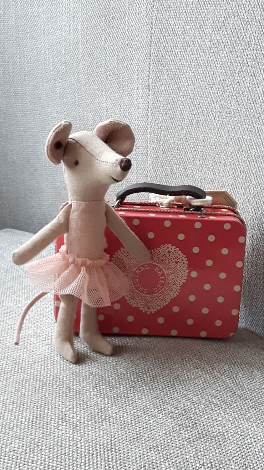 * NEW * Ballerina Mouse in Spotty Tin Suitcase