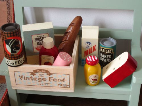 *BRAND NEW* Vintage Food Box