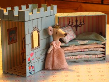 **LIMITED NUMBER** Mouse Princess and The Pea