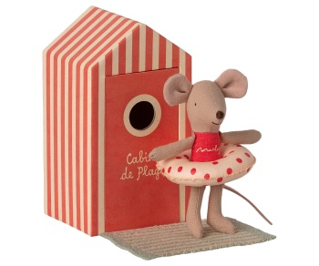 *BRAND NEW* Little Sister Mouse in a Beach Hut
