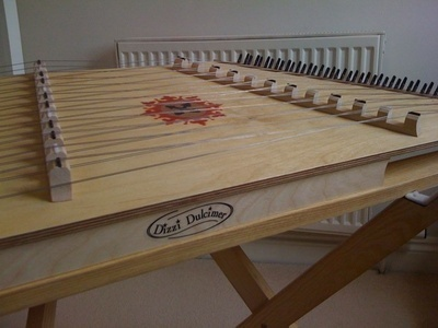 DIZZI SIGNATURE DULCIMER - With Bag