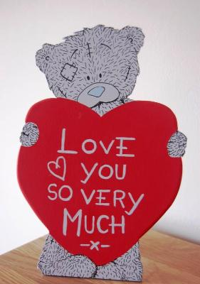 Tatty teddy with heart