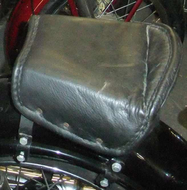 rear sprung saddle
