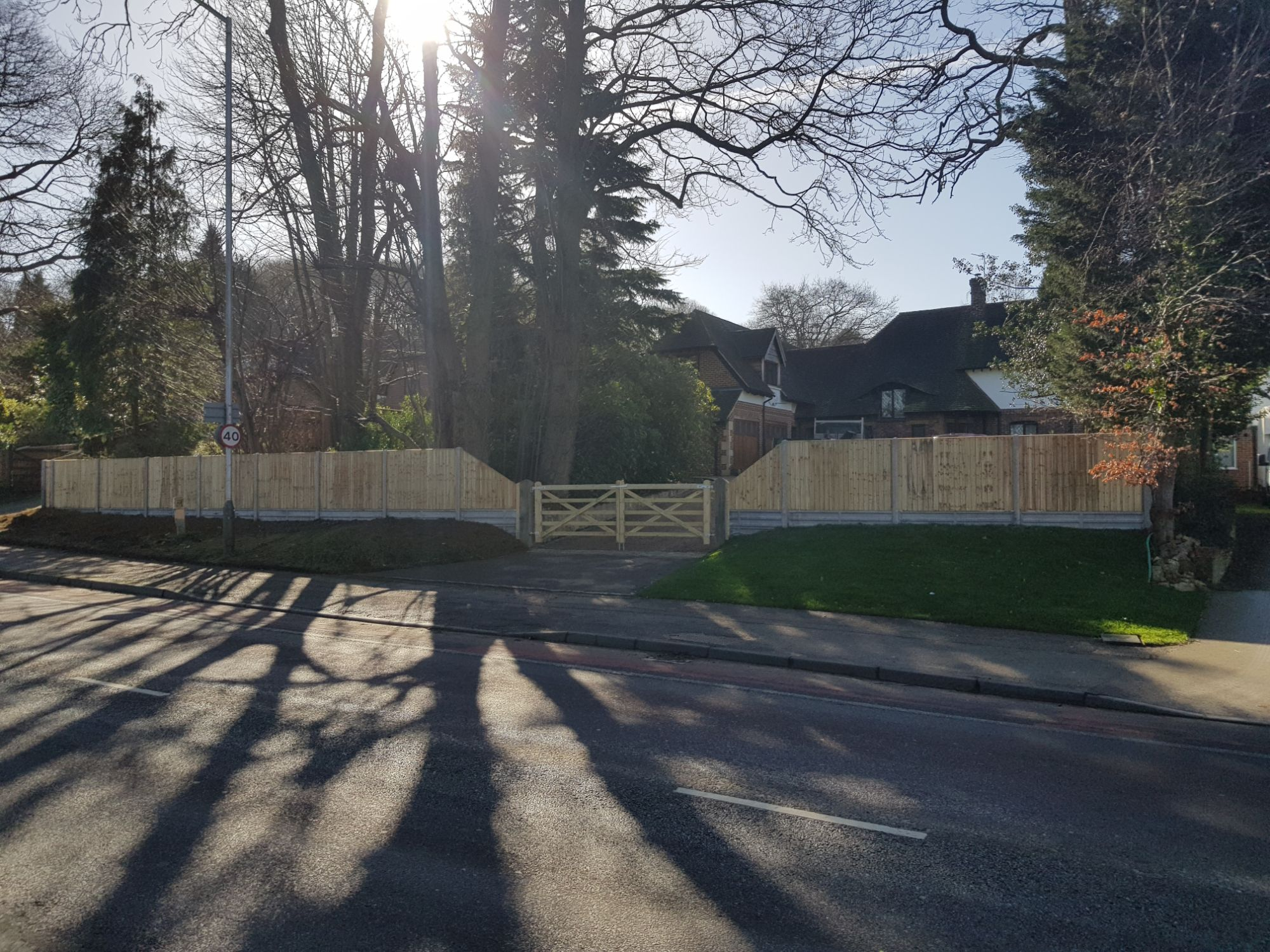 CLOSEBOARD RAKING PANELS AND FIELD GATES