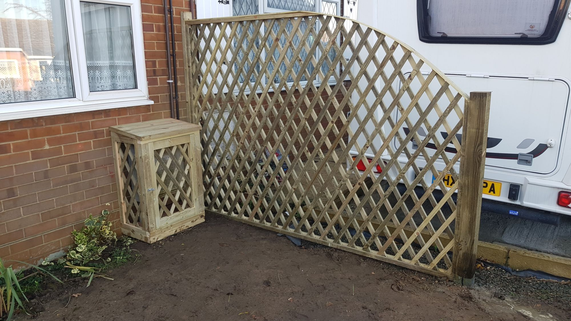 TRELLIS SCREEN AND METER BOX COVER