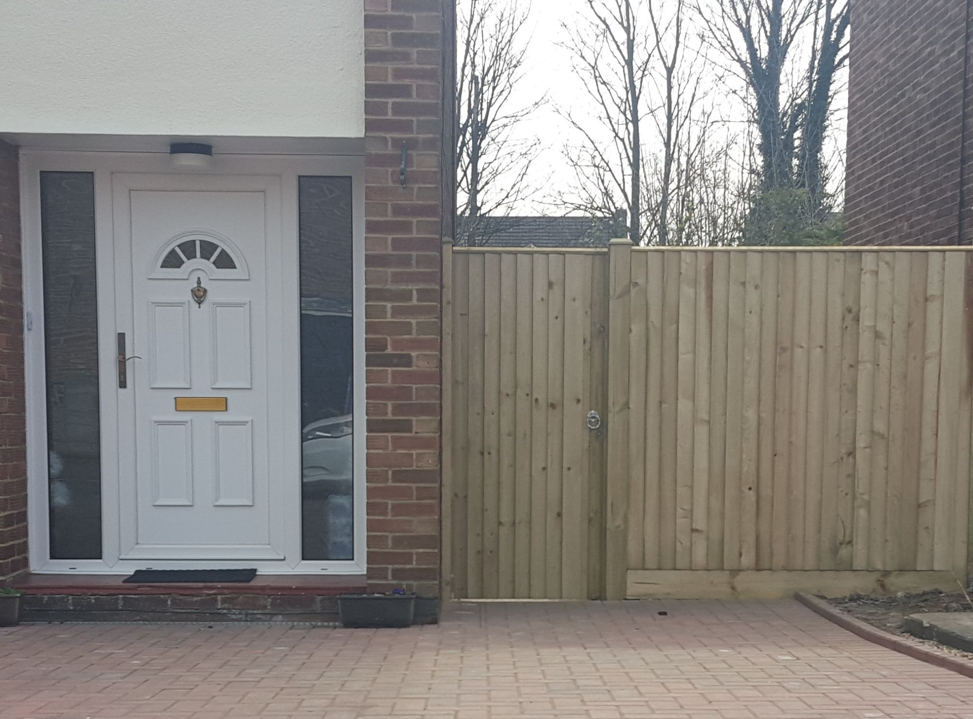 CLOSE BOARD GATE AND FENCE