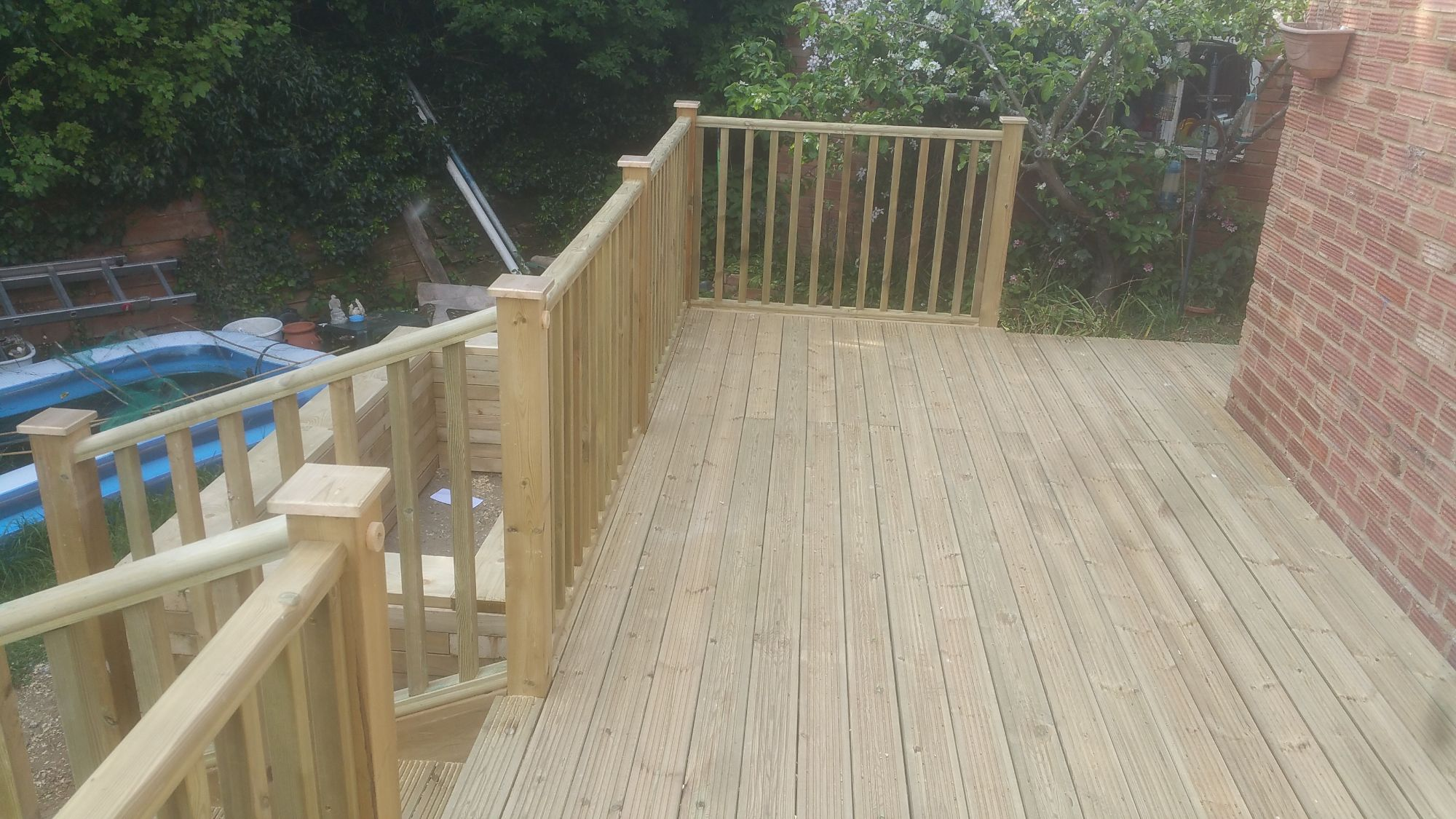 Raised deck (7)