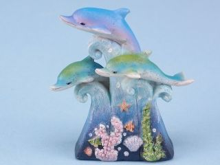 11319 Dolphin pod