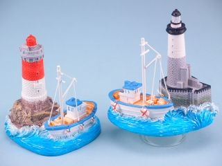 11191 Fishing boat with lighthouse