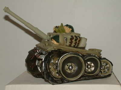 AM8066 Fun tank money box
