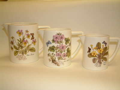 FC042/43/44 Set of 3 milk jugs - wild flowers