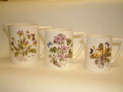 FC042/43/44 Set of 3 milk jugs - wild flowers