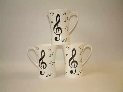 FC009/A beaker - Musical notes