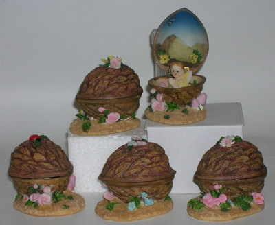 AM8546 Fairy in walnut