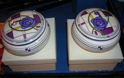 EL679 trinket box - Rennie Macintosh
