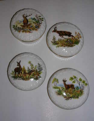BC0128 China pin box - Assorted stag & Roe deer