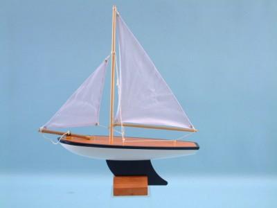55402 Pond yacht
