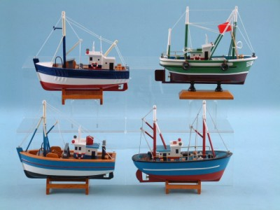 14218 Fishing boat assortment