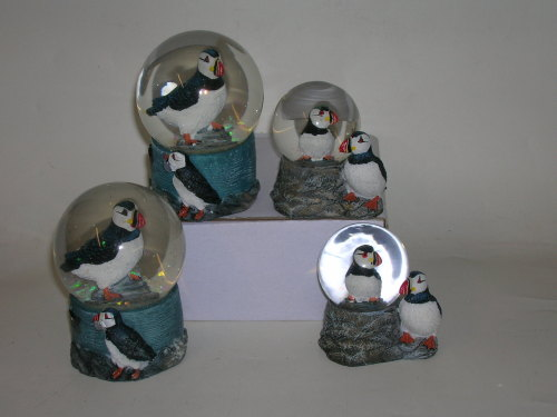 11678 Puffin waterball - small size