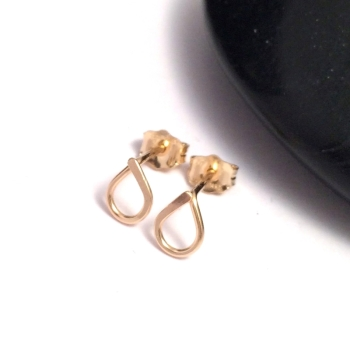 Teardrop Stud Earrings | Gold Filled