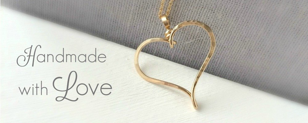slideshow 2016 - gold heart necklace - handmade with love