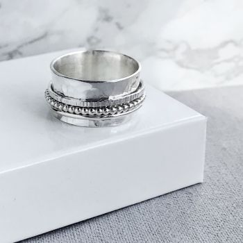Sterling Silver Spinner Ring | Hammered Band