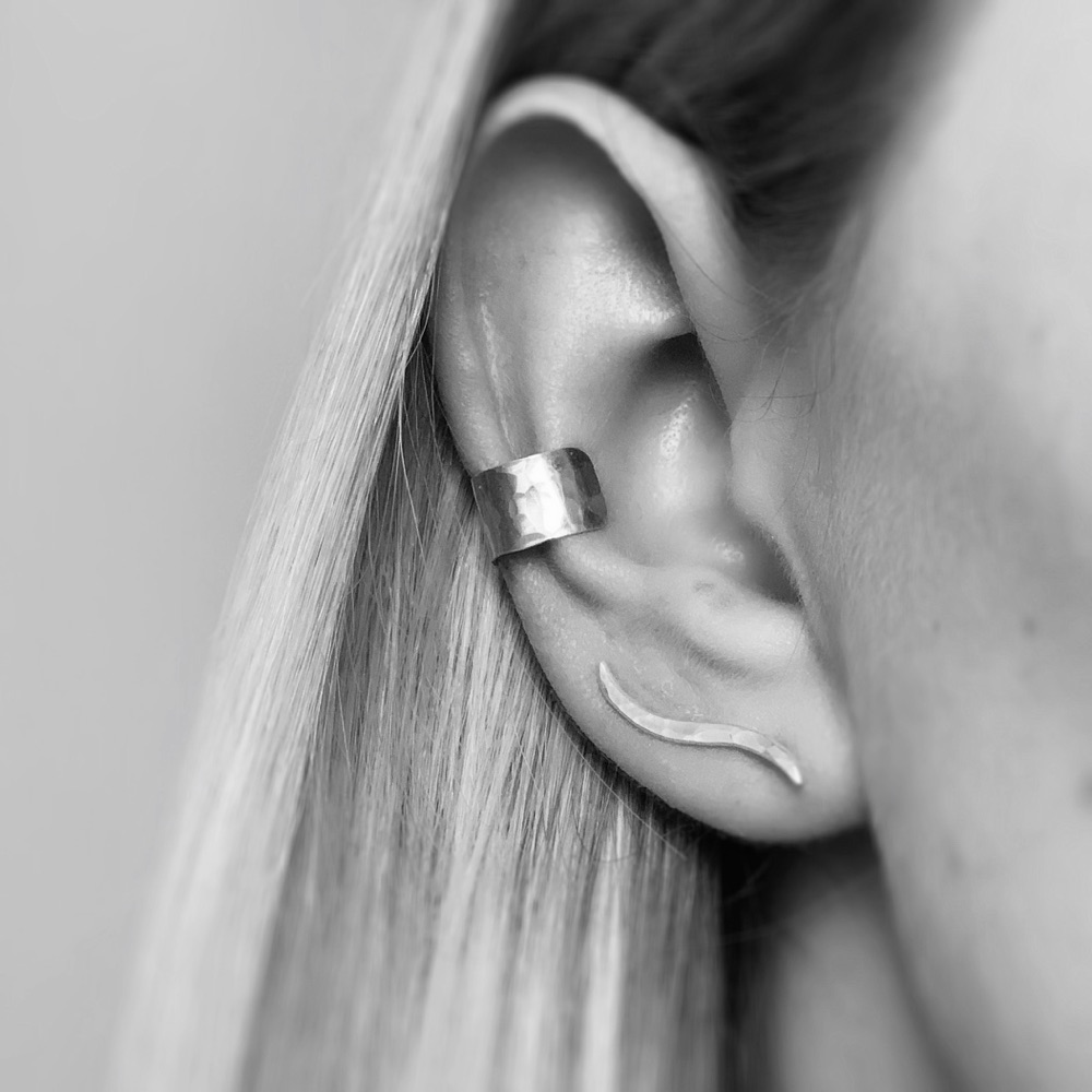 <!-- 0005 -->EARRINGS