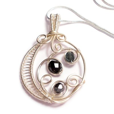 wire weaved pendant - black - handmade wire work jewellery