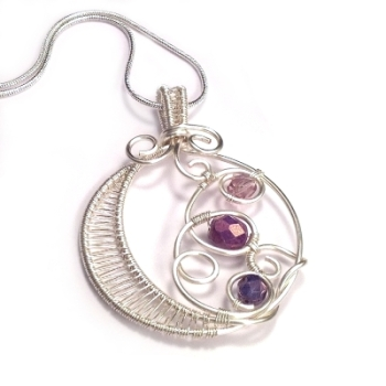 Wire Weaved Round Pendant - Purple