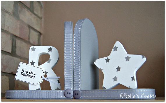 Initial and Star bookends