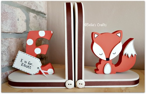 Initial and Fox bookends
