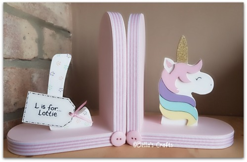 Initial and Unicorn bookends